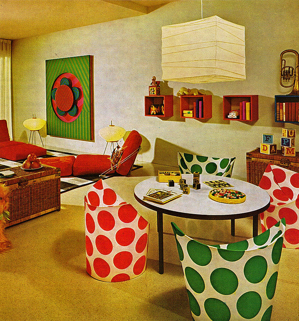Atompunk interior design aka 70s shagadelicness baby for 1960s decoration